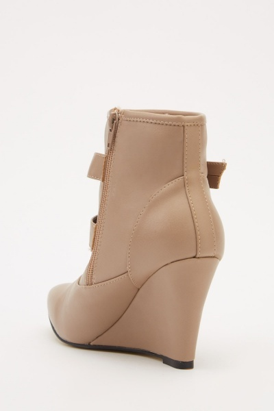 Buckled Strap Wedge Boots