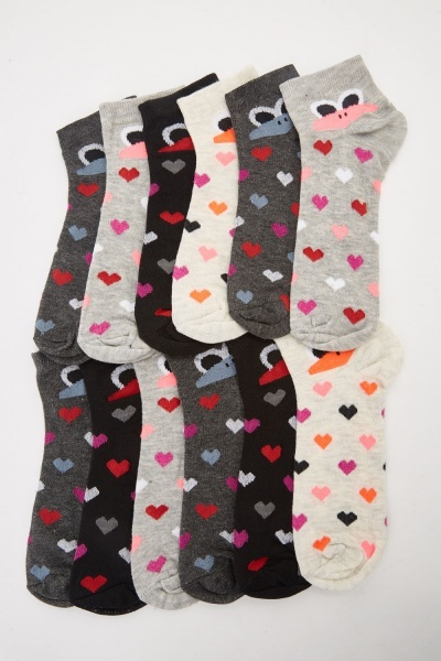 12 Pack Of Heart Printed Socks