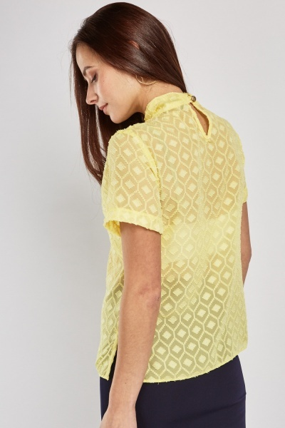Twisted Keyhole Front Textured Blouse