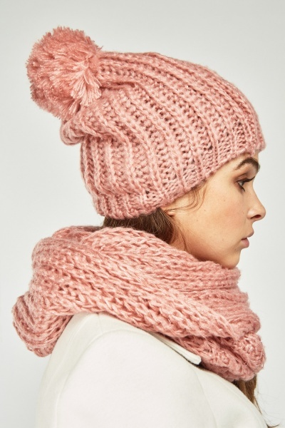 Loose Knit Beanie And Snood Set