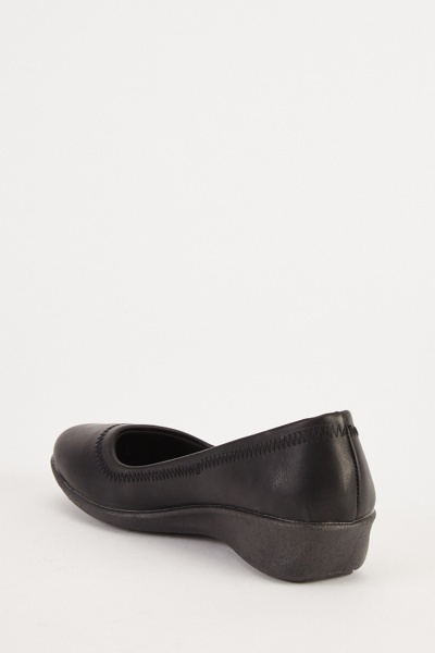 Slip On Wedged Pumps