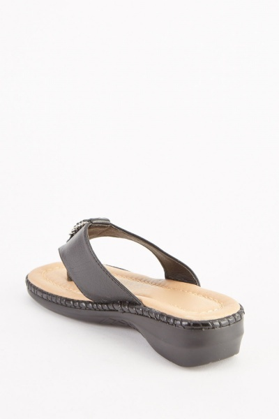 Faux Leather Front Detail Sandals