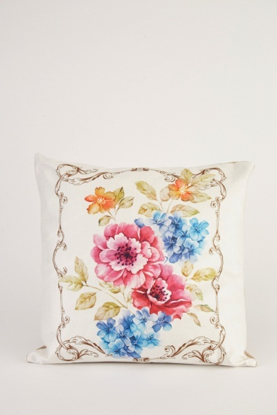 vintage trim printed cushion