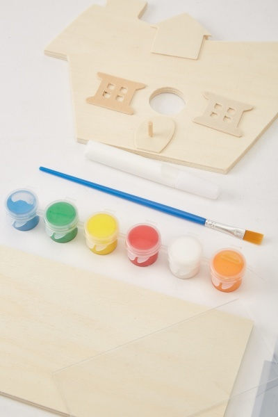 Make Your Own Look & See Bird House Kit