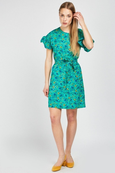 Ruffle Sleeve Printed Shift Dress