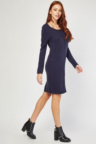 Twin-Pocket Front Jumper Dress