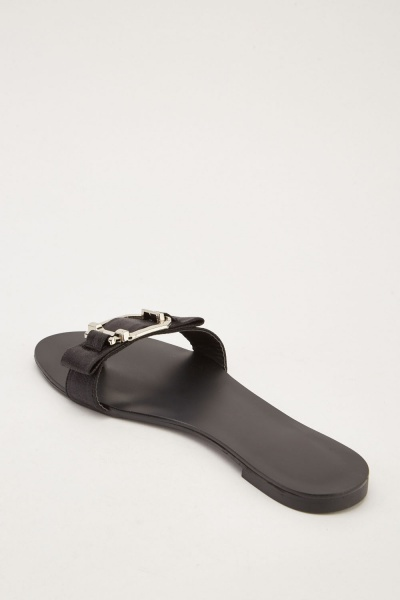 Flip Flop Style Flat Sliders - Black - Just 5-2814