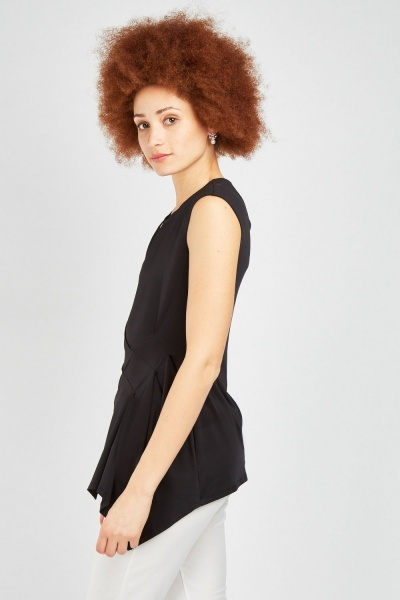 Draped Asymmetric Top