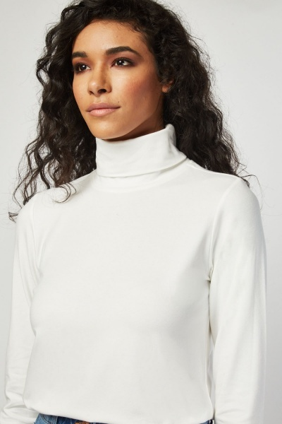 Turtle Neck Basic Jumper
