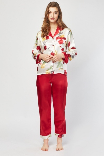 Rose Printed Pyjama Set