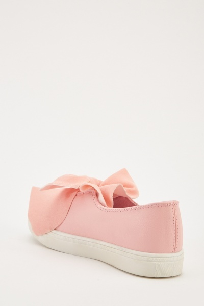 Bow Front Detail Plimsolls