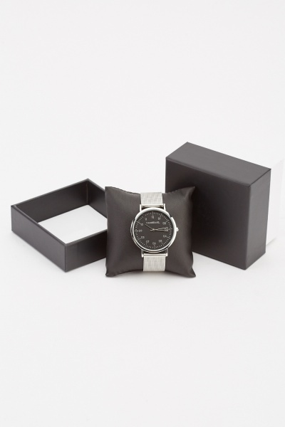 Mens Metallic Stainless Strap Watch