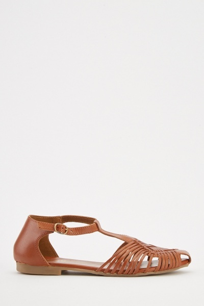 Cut Out Strappy Flat Sandals