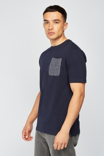Contrasted Single Pocket Trim T-Shirt