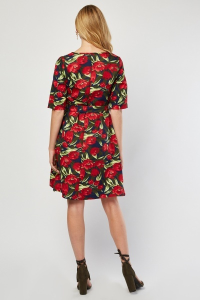 V-Neck Tulip Print A-Line Dress