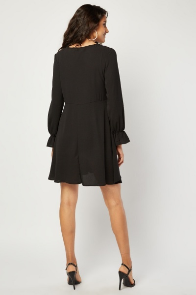 Lace Trim Bell Sleeve Shift Dress