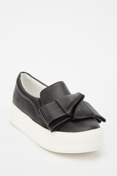 LOST INK Sofia Bow Plimsolls