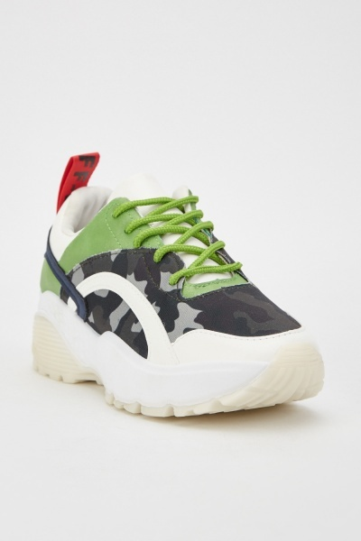 Camouflage Contrasted Trainers