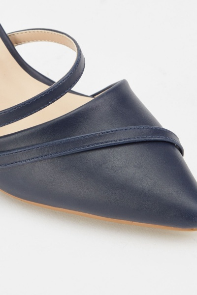 Slit Front Mid Heel Shoes