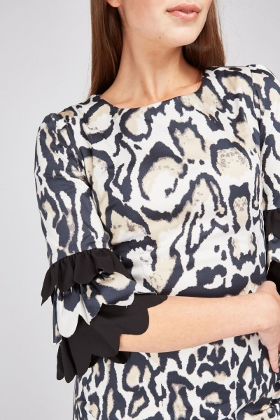 Tiered Scallop Sleeve Leopard Dress