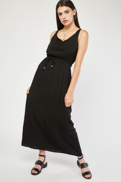 Scoop Neck Crinkle Maxi Dress