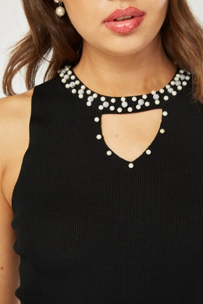 Faux Pearl Keyhole Front Top