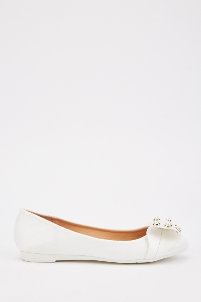 Faux Pearl Bow Trim Pumps