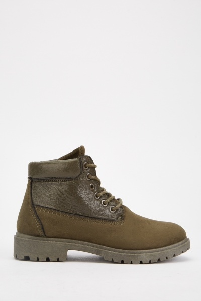 Lace Up Contrasted Boots