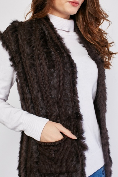 Textured Sleeveless Fur Gilet