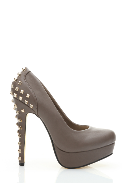 Studded Back Platform Heel Shoes