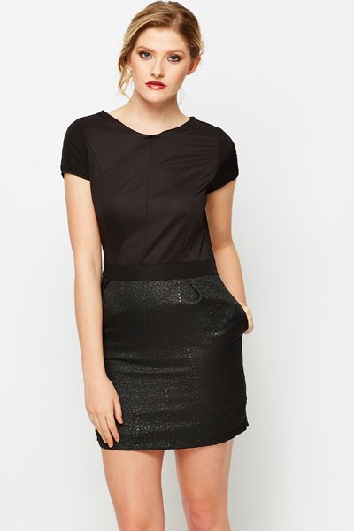 Contrast Fitted Shift Dress