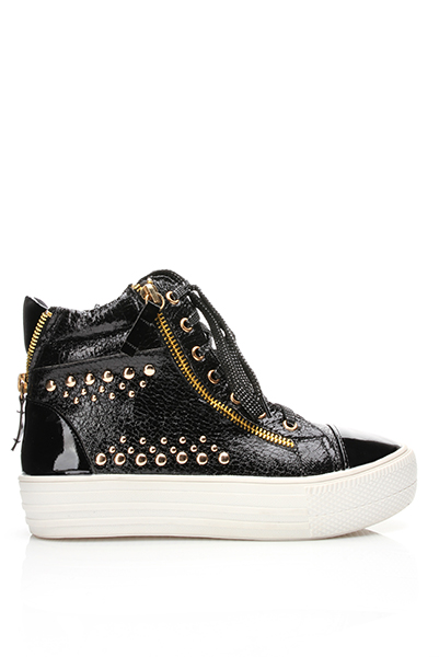 Studded Patent PVC Flatform Trainers