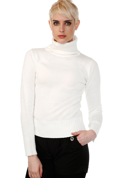 Classic Knitted Turtle Neck Pullover