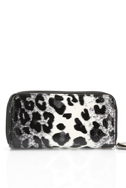 Giraffe Print Zipped PVC Purse