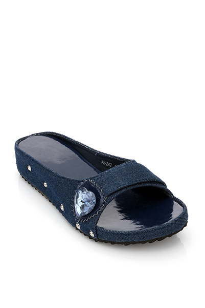 Heart Button Embellished Denim Slippers