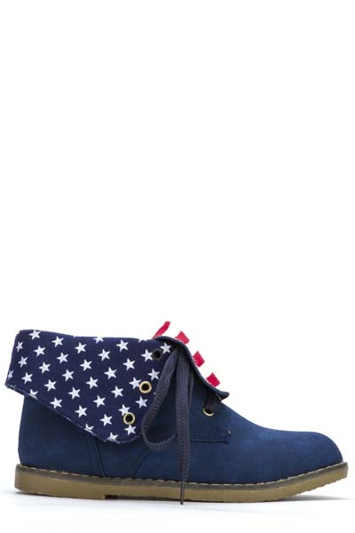 Collared Star Lace Up Shoes
