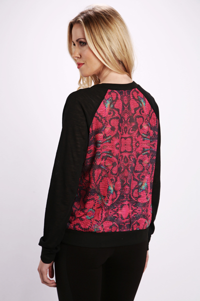 Graphic Print Pullover
