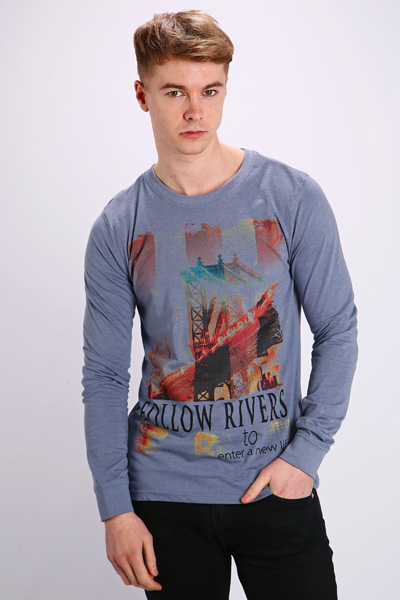 Graphic Skyline Top