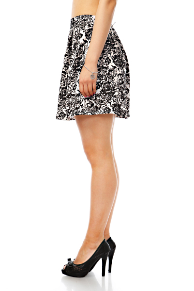 Rose Tattoo Print Skirt