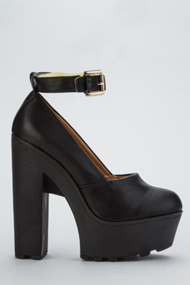 Buckle Strap Block Heel Shoes