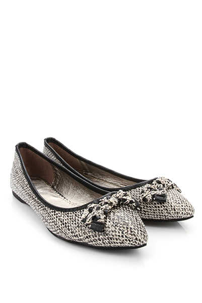 Reptile Effect Point Toe Flats