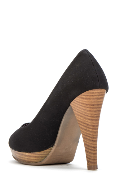 Contrast Heel Court Shoes