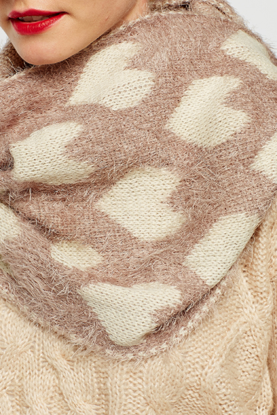 Eyelash Knit Heart Snood