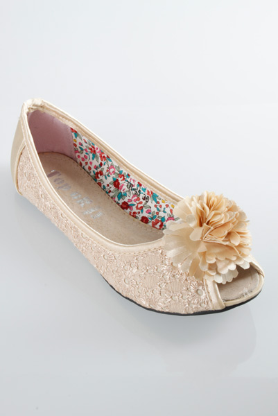 Embroidered Lace Peep Toe Flats