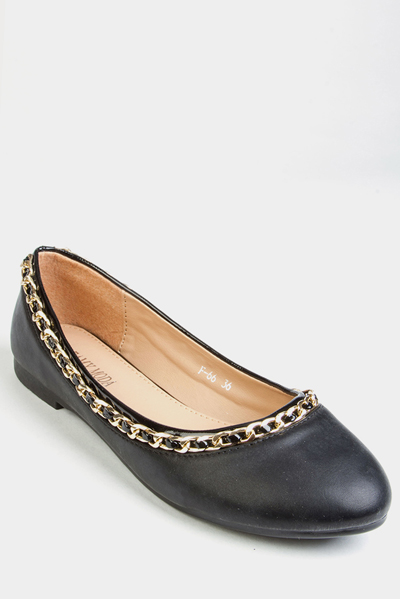 Chain Trim Flat Pumps