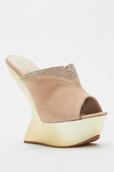 19581693e6 Peep Toe Curved Wedge Sandal Heels - Beige or Nero - Just £5