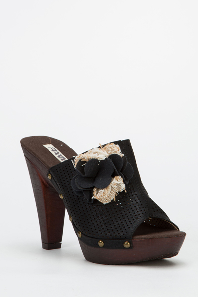 Textured Flower Mid Heel