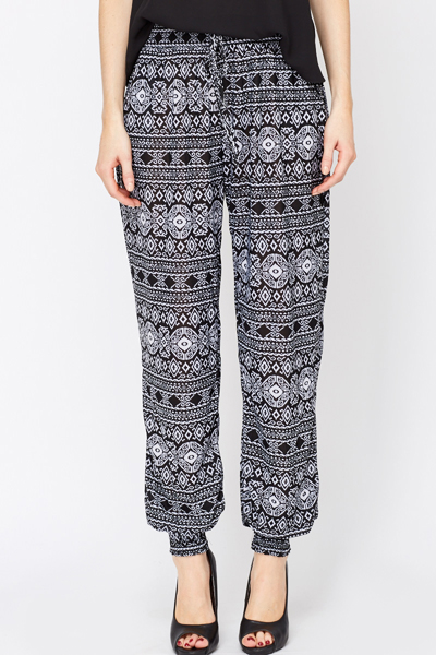 Ornate Print Elastic Print Treggings