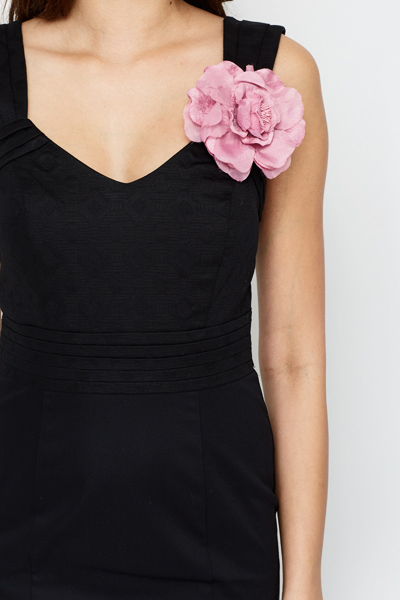 Corsage Bodycon Dress