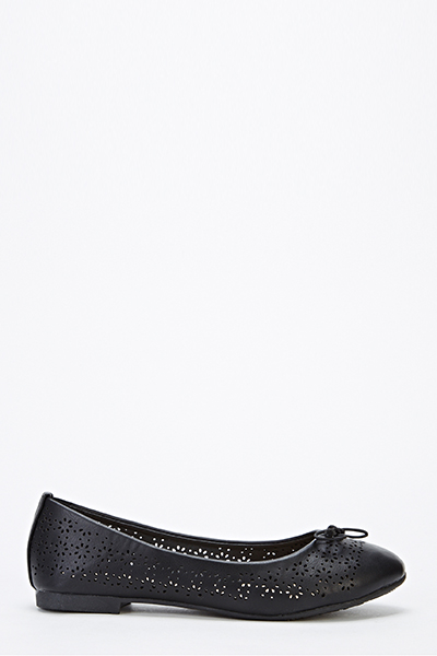Cut Out Front Faux Leather Pumps